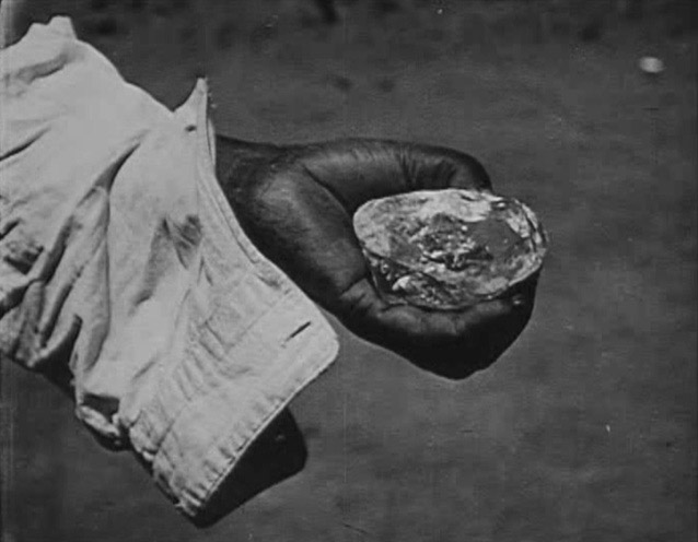 conflict diamonds essay Diamonds girls best friend or man s worst enemy it is an early morning in sierra leone, a country in western africa young children ranging from the ages.